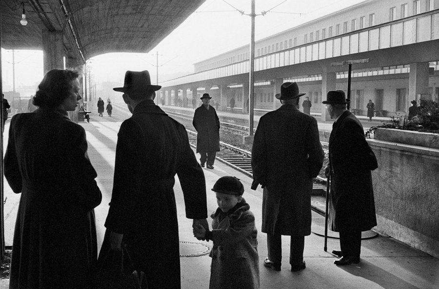 The Western Railway Station in Vienna,   Austria 1953, © Erich Lessing