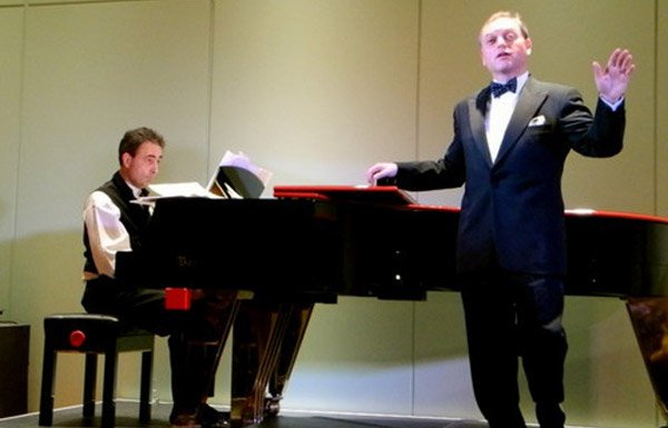 Shmuel Barzilai & Paul Gulda perform at the ACF Berlin